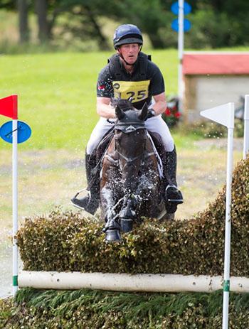 Oliver Townend (GBR) riding Cillnabradden Evo